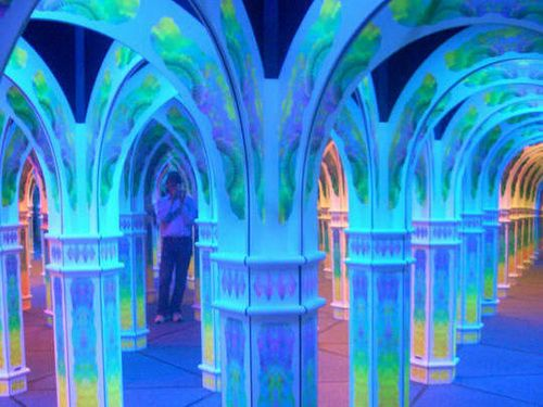 Monterey-mirror-maze-photo-12