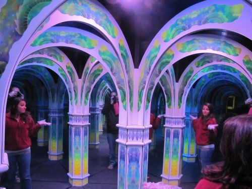 Monterey-mirror-maze-photo-13