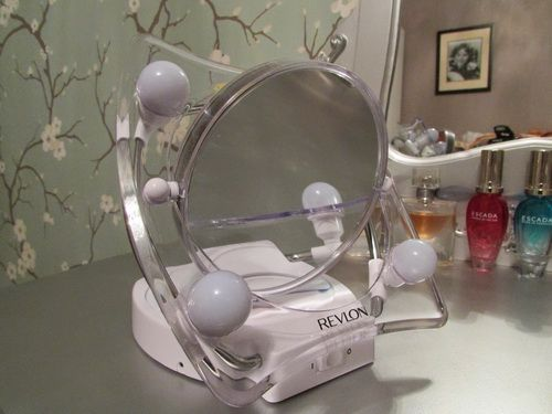 revlon-lighted-makeup-mirror-photo-10