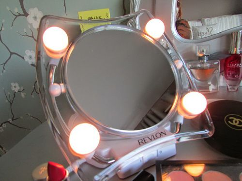 revlon-lighted-makeup-mirror-photo-3