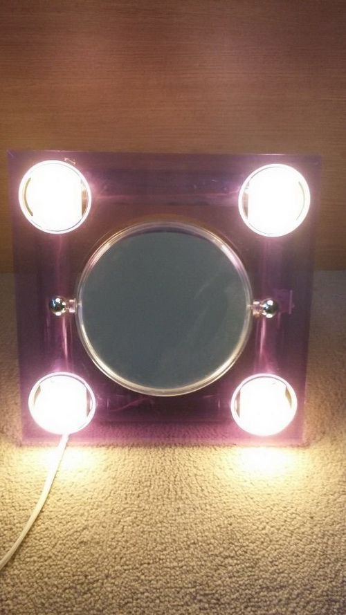 revlon-lighted-makeup-mirror-photo-8