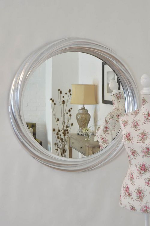 round-silver-wall-mirror-photo-8