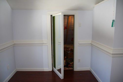 secret-mirror-door-photo-7
