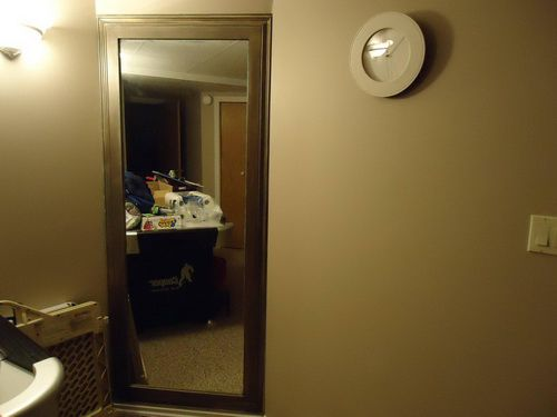 secret-mirror-door-photo-9
