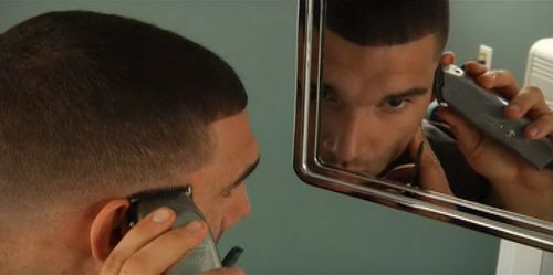 self-haircut-mirror-photo-8