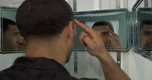 self-haircut-mirror-photo-9
