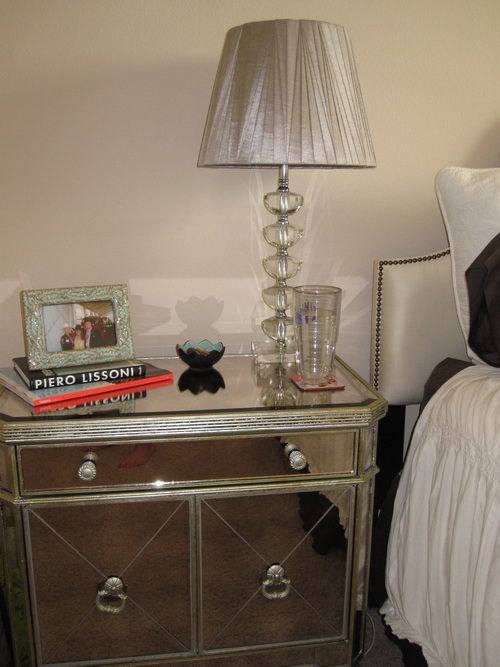 Target-mirrored-furniture-photo-6
