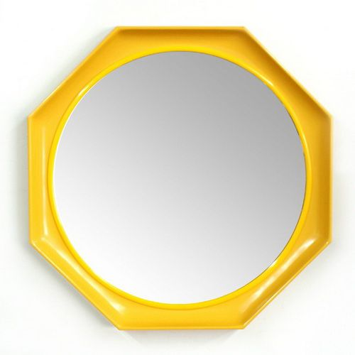 yellow-mirror-photo-2