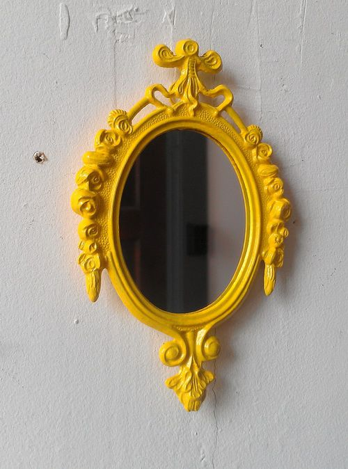 yellow-mirror-photo-4