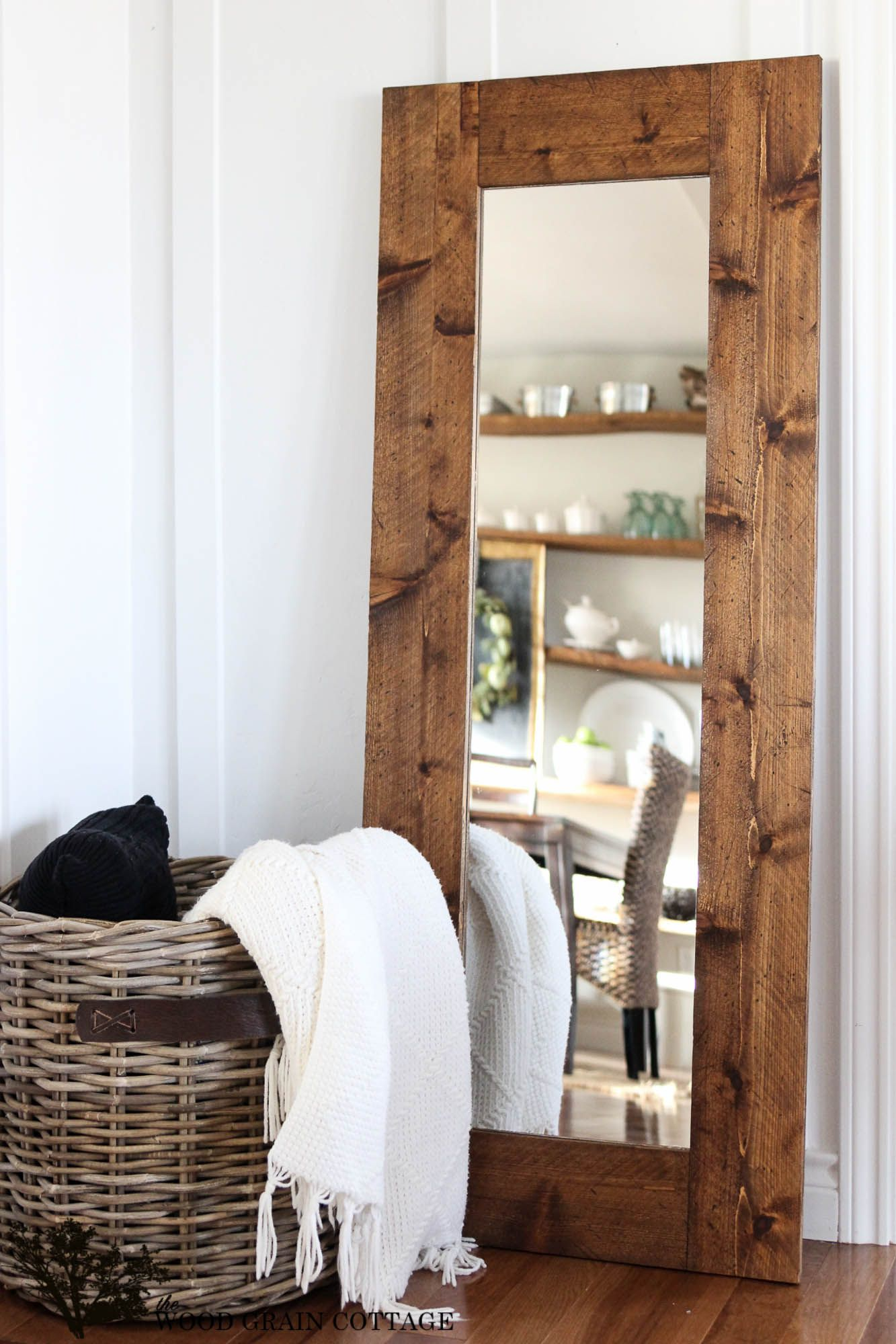 10 benefits of Wood mirror frame | Inovation & Decorations. All ...